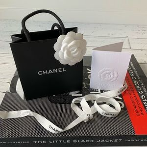 AUTHENTIC CHANEL Gift Bag & Ribbon